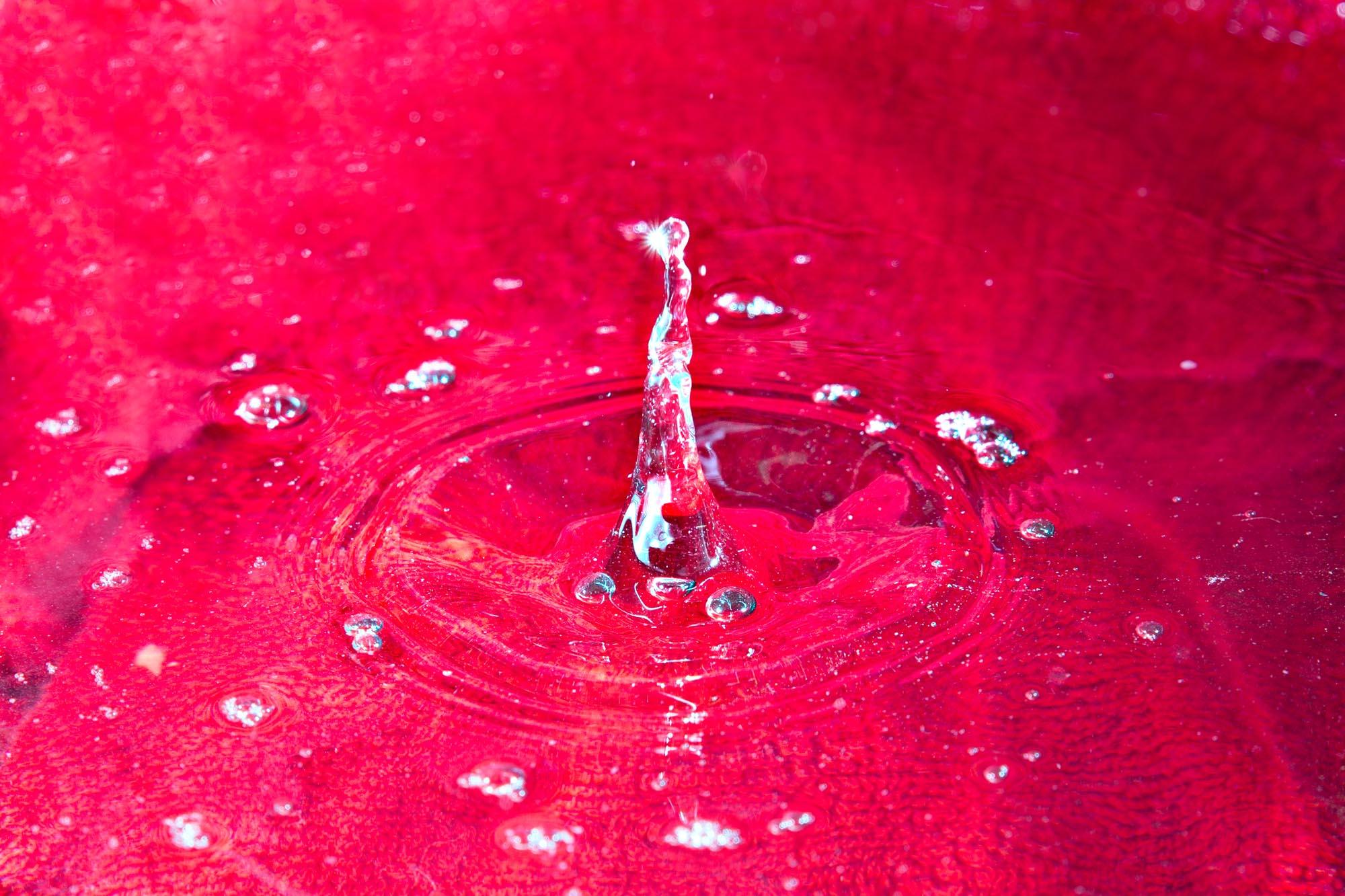 Blod er tykkere enn vann...